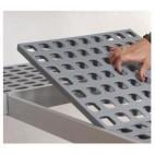 Rayonnage aluminium anodisé pour stockage en chambres froides, clayettes polypropylène, 3 niveaux, 717x365x1700 mm