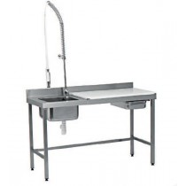 Table de préparation, dessus inox + trou vide-déchets + douchette, L 1500 x P 600 mm, bac soudé + plaque polyéthylène amovible